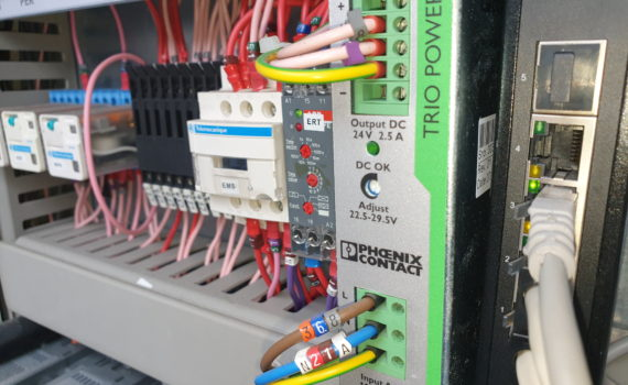 Chiller refurbishment company electronic components in electrical panel