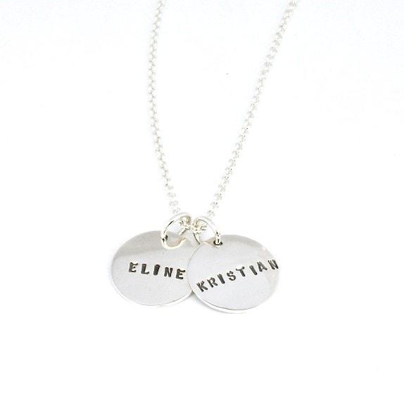 Mamma-smykke med flere plater
