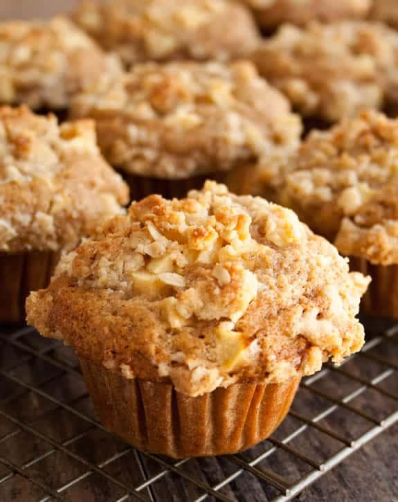 dutch-apple-pie-muffins-04