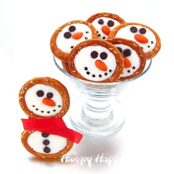 snowman-pretzels-christmas-treats-recipes