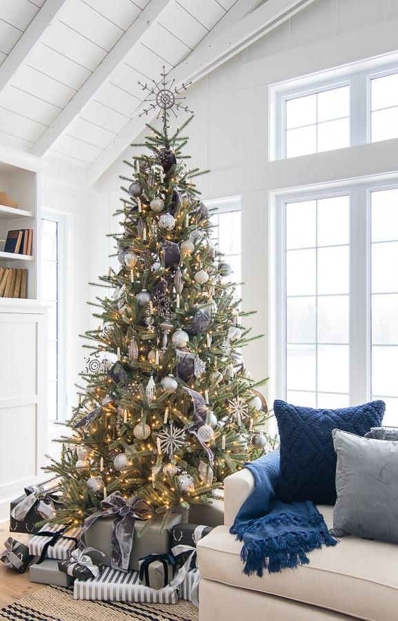 silver and grey christmas tree decor