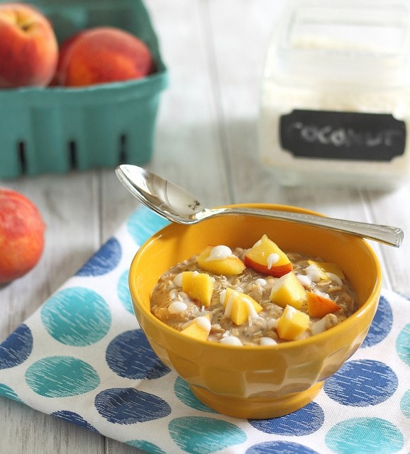 Peaches 'n coconut cream oats
