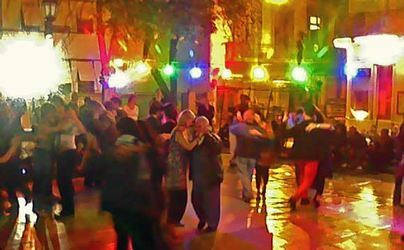 Couples dance at the outdoor milonga in San Telmo, Buenos Aires