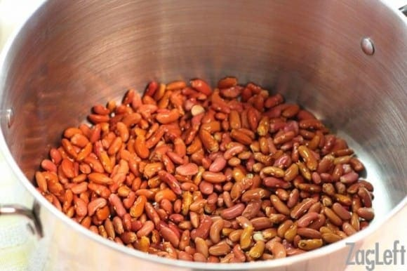 How To Quick Soak Beans -an easy way to quickly soak beans instead of soaking them overnight - ZagLeft