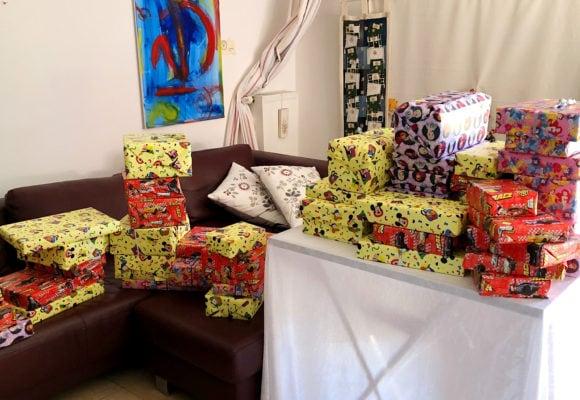 Weihnachtspäckchen zur Aufmunterung