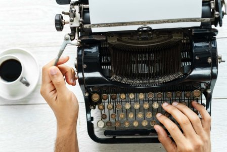 writing blog on type writer