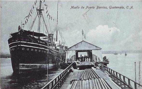 Muelle de Puerto Barrios