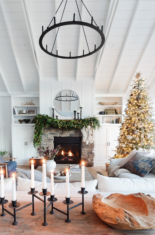 white lake house living room decorated for Christmas