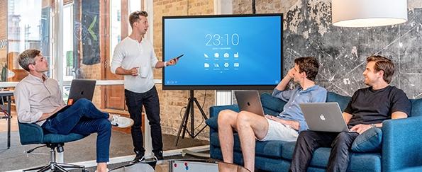 Solutions interactives professionnel salle de réunion