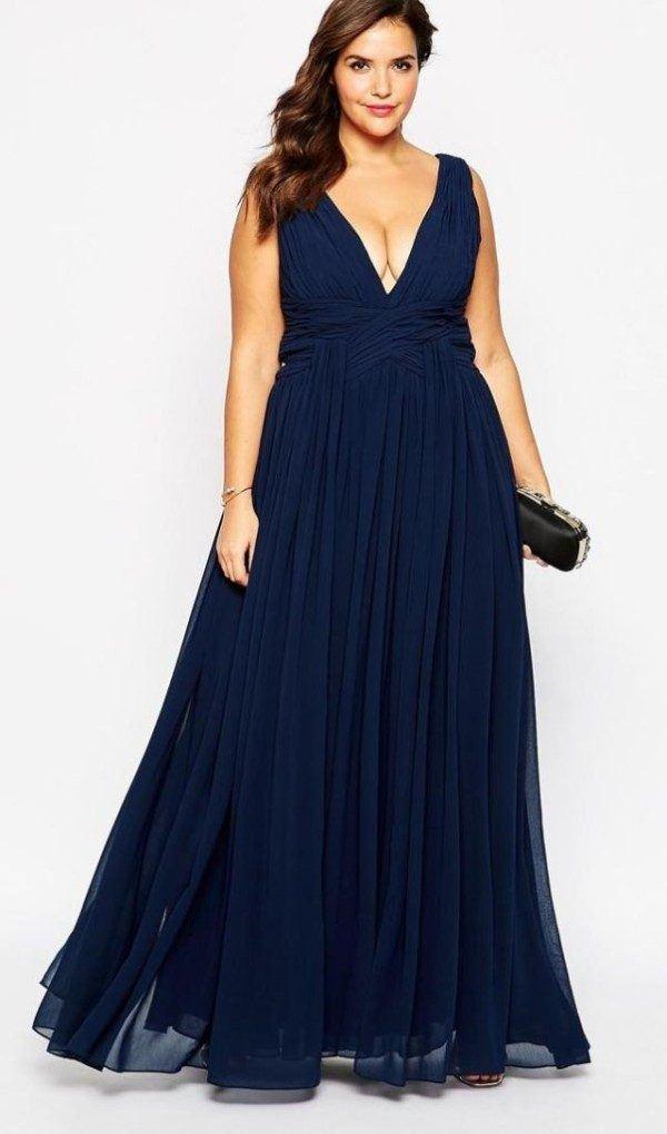 vestidos-de-fiesta-para-gorditas-con-escote-pico-azul