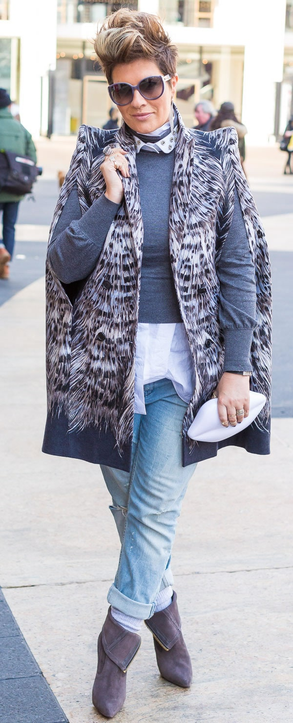 Great casual chic outfit featuring animal print | 40plusstyle.com