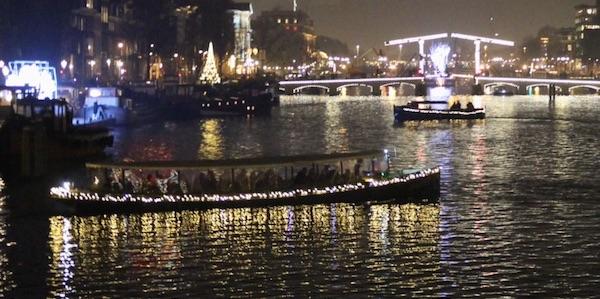 Rondvaart met kerst met de Salonboot Avanti