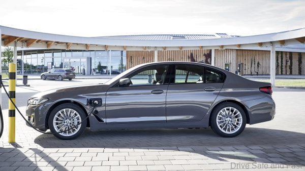 BMW PHEV_Auto Bavaria_CNY 2021