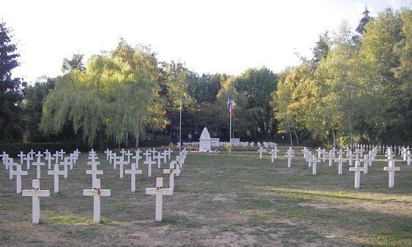 Сент-Илер-ле-Гран, русское кладбище