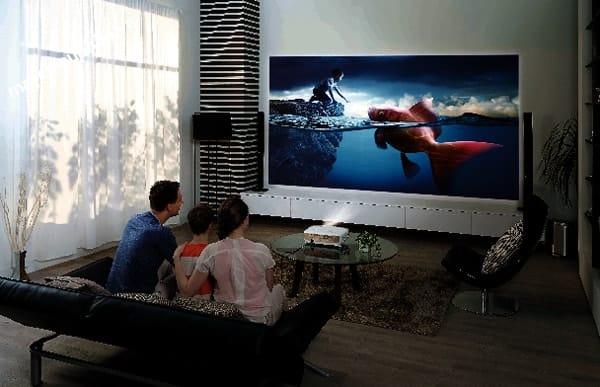 máy chiếu xem phim