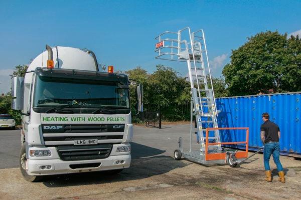 maui truck mobile access unit