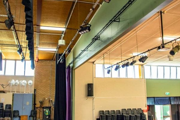Yeronga-High-School-Trusts-In-Airius-Theatre-Cooling-Fans-4