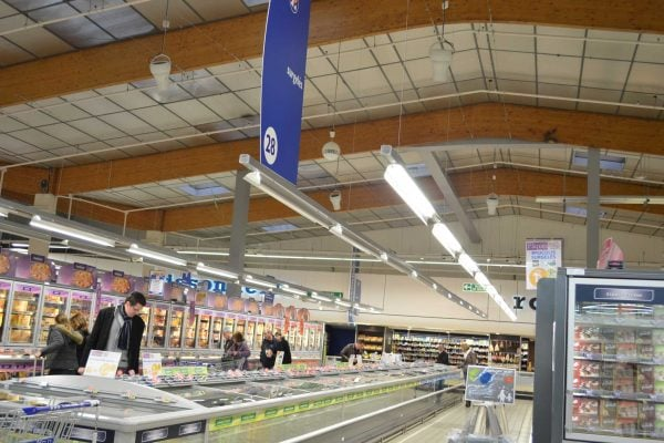 Airius-Cooling-&-Destratification-Fans-In-Grocery-Stores-8