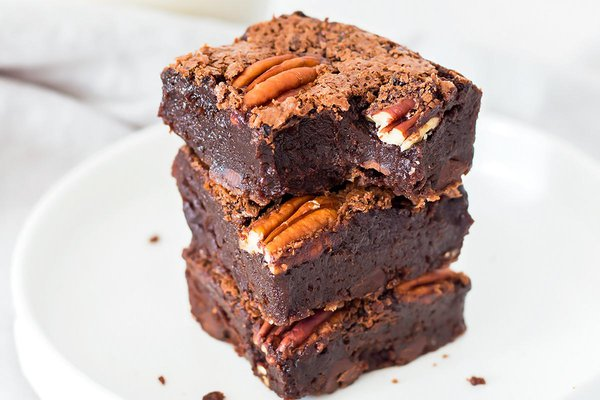 Stack of brownie squares