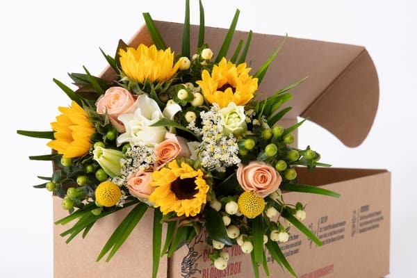 Flowers subscription box