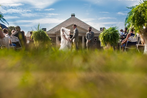Hall of Springs outdoor wedding ceremony   Rob Spring Photography