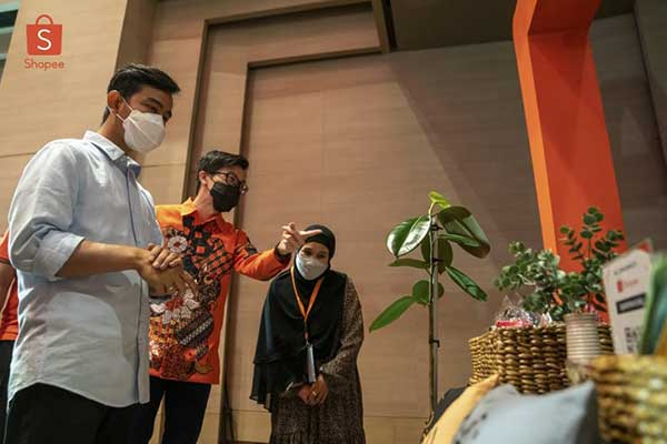 Shopee Collaborates with Mayor Gibran to Prepare MSMEs in Surakarta