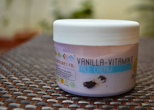 The Nature's Co Vanilla Vitamin-E face cream review- the packaging is pretty basic. The cream comes in a white tub.