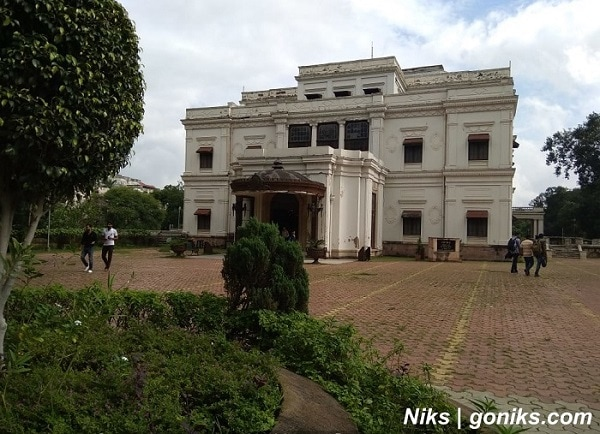Lal bagh palace indore
