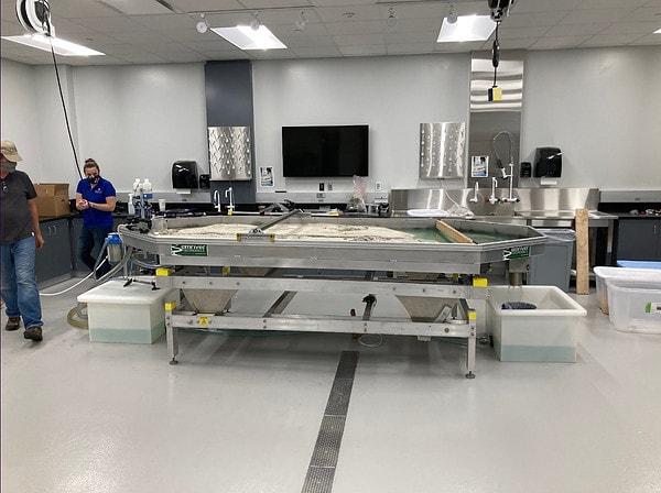 The Em4 in its shiny new lab at SLU