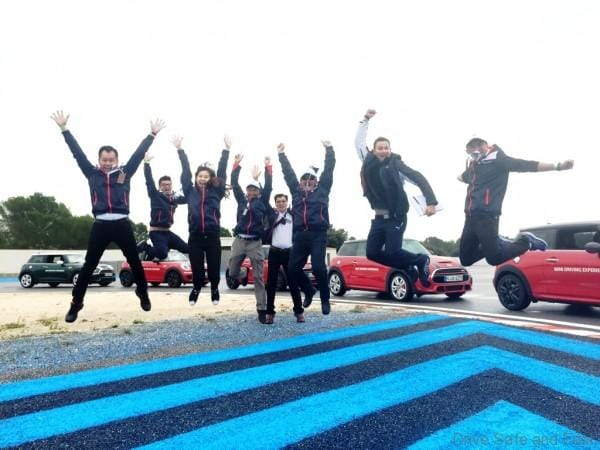 top-malaysian-shew-issuers-celebrating-their-france-trip