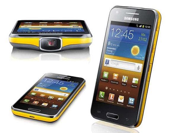 máy chiếu Samsung Galaxy Beam