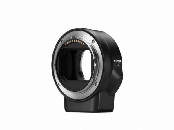 L'adattatore di montaggio Nikon FTZ consente la piena compatibilità con oltre 90 obiettivi e funzionalità con circa 360 obiettivi NIKKOR F esistenti.