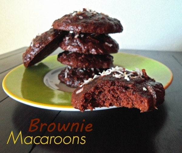 Brownie Macaroons on Green Plate