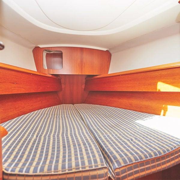 Jeanneau Sun Odyssey 35 vitorlásbérlés | Füredyacht Charter