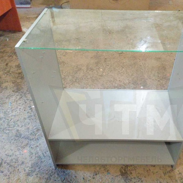 Купить выставочные прилавки торговые из ЛДСП и стекла