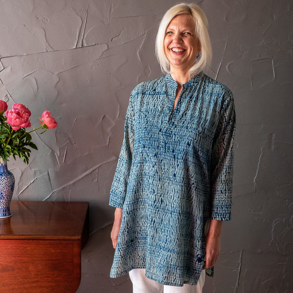 Molly shirt - indigo shibori