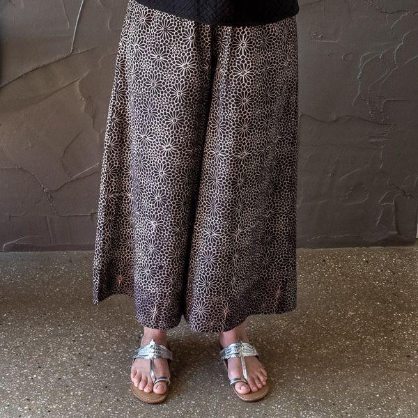 Sania pant-ajrakh taupe and black