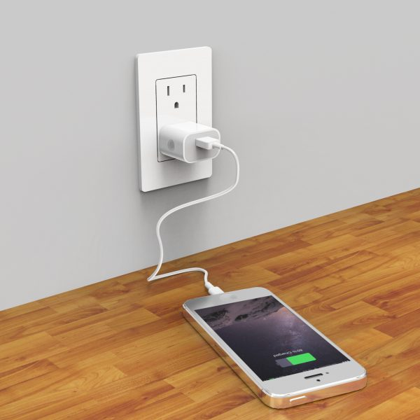 Charge the iPhone