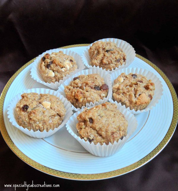 Muffins on a Gold-Rimmed Plate