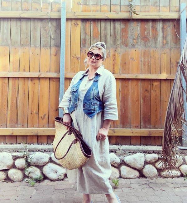 denim and sunglasses | 40plusstyle.com