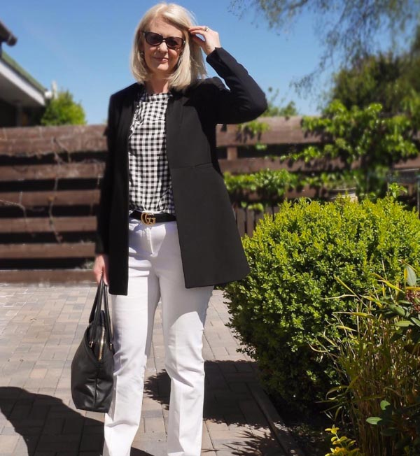 Ideas on how to wear classic chic sunglasses | 40plusstyle.com