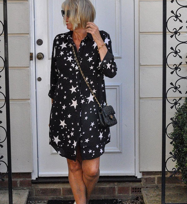 #40plusstyle inspiration: Fun printed black and white dress | 40plusstyle.com