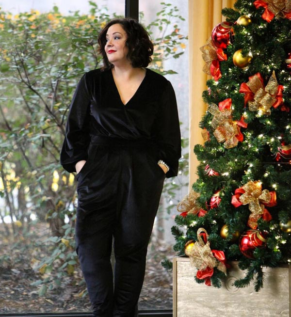 Velvet jumpsuit party outfit | 40plusstyle.com