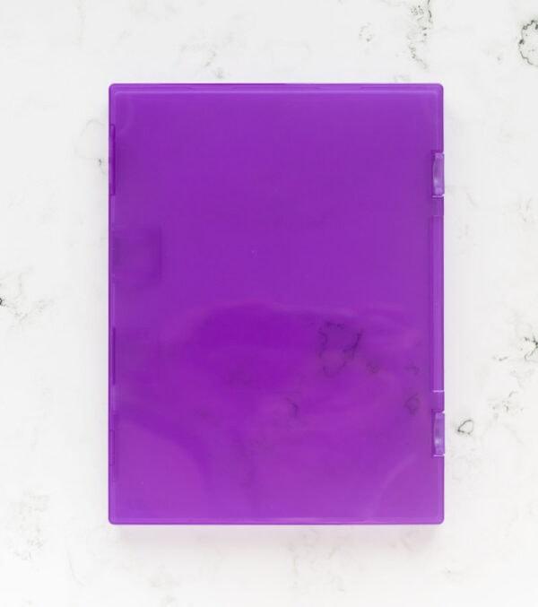 caja-morada-para-sellos-artesanales-materiales-carvado-sellos-ana-sola