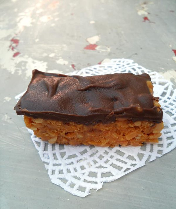 Peanut Butter Bar with Chocolate