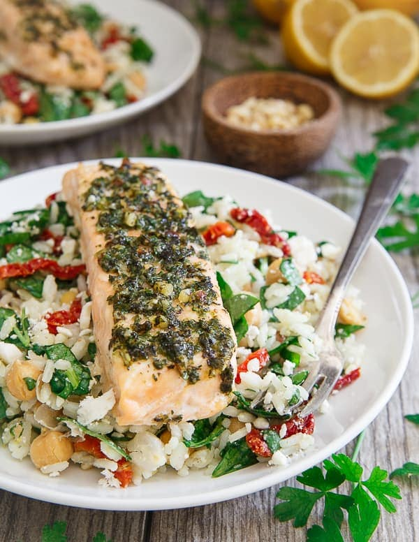 Pesto salmon with Mediterranean rice