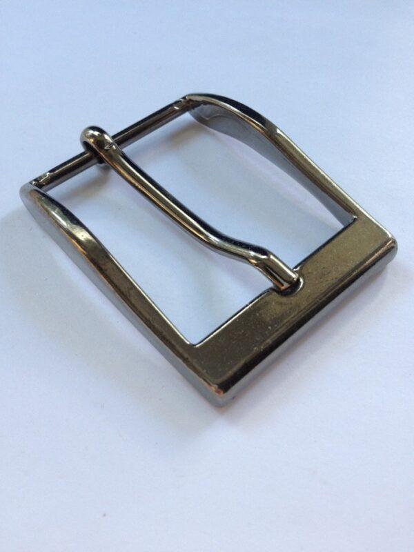 | 250р. | 2 | <p>Изящная пряжка для ремня, ширина 35 мм. Для мужского и женского ремня. Превосходное Итальянское качество.</p>
