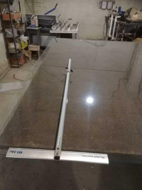 Стекло 4мм резка и обработка в стеклорезе Челябинска