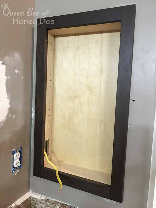 How To Make and Install a Medicine Cabinet #DIY #queenbeeofhoneydos