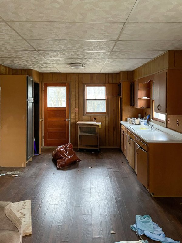 wooden cottage kitchen